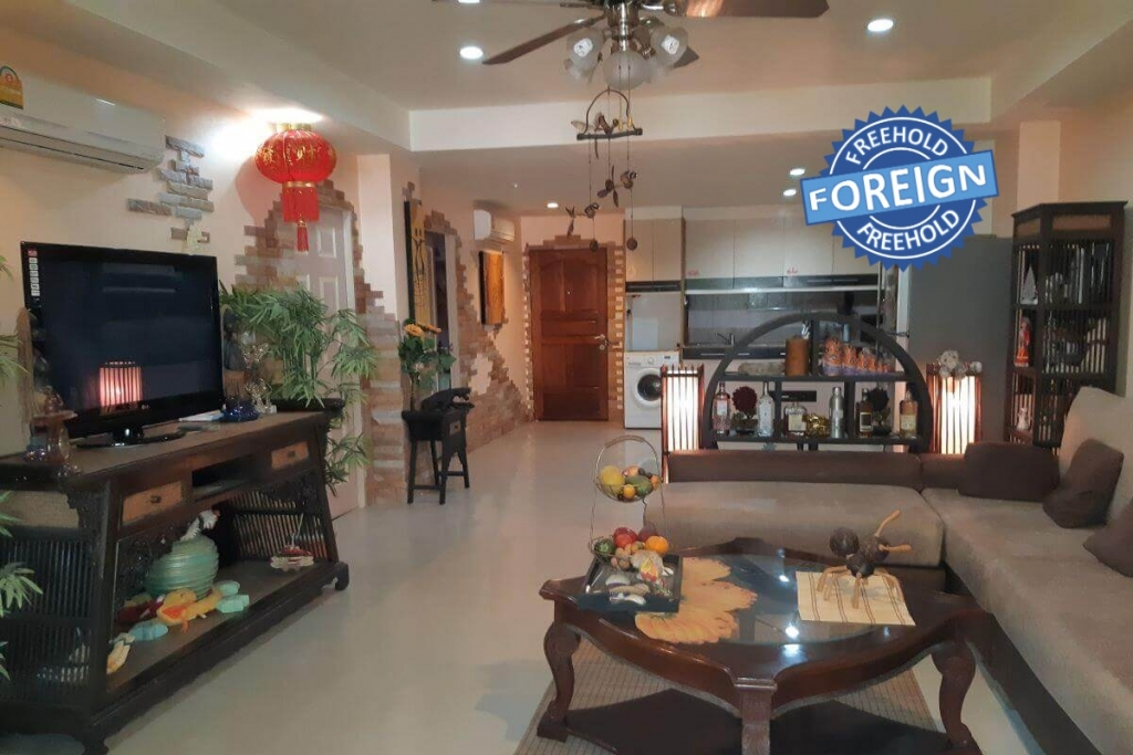 2 Bedroom Foreign Freehold Condo for Sale by Owner at The Palm Breeze Resort in Nai Harn, Phuket