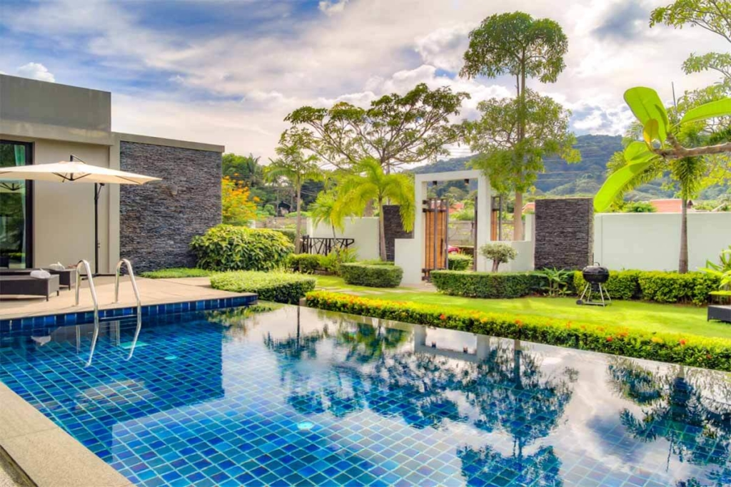 Nai Harn Baan-Bua 3 Bedroom Pool Villa for Rent near Nai Harn Beach Phuket