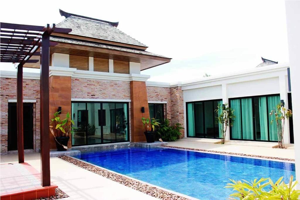 3 Bedroom Pool Villa for Sale at Layan Tara Villas near Laguna area in Layan, Phuket