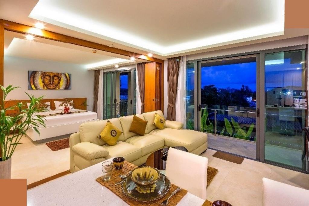 1 Bedroom Foreign Freehold Sea View Condo for Sale at The Tree Condominium near Rawai Beach, Phuket