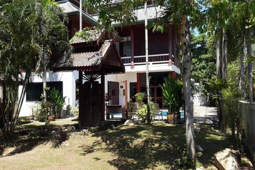 4 Дом в тайском стиле с бассейном в аренду в Раваи Пхукет