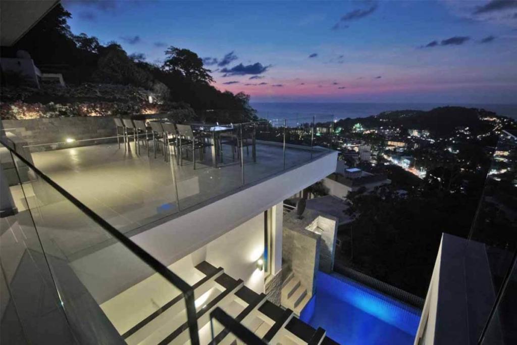 Amonterra Villa for Rent in Surin