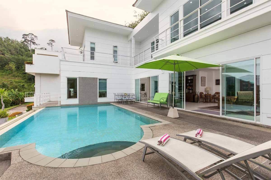 Golf View Villa for sale in Kathu