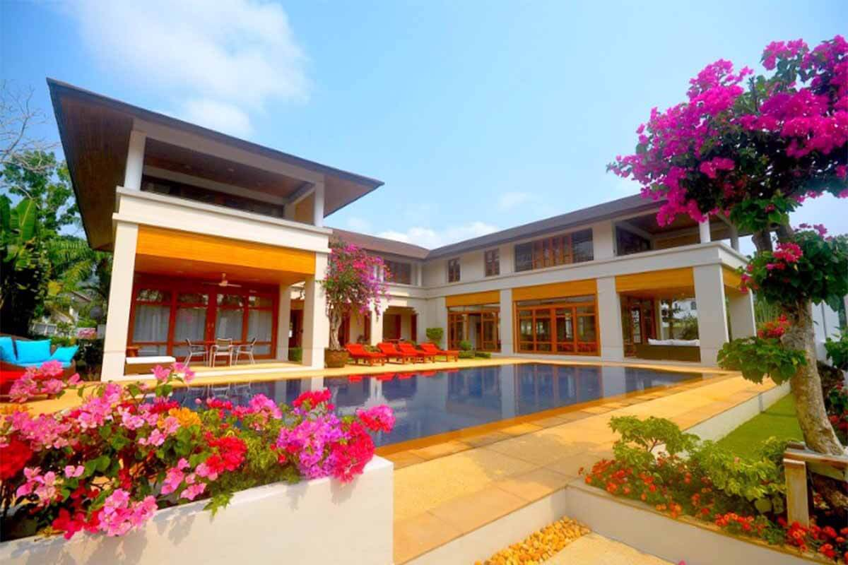 Loch Palm 7 Bedroom Golf Course View Villa for Sale in Kathu Phuket