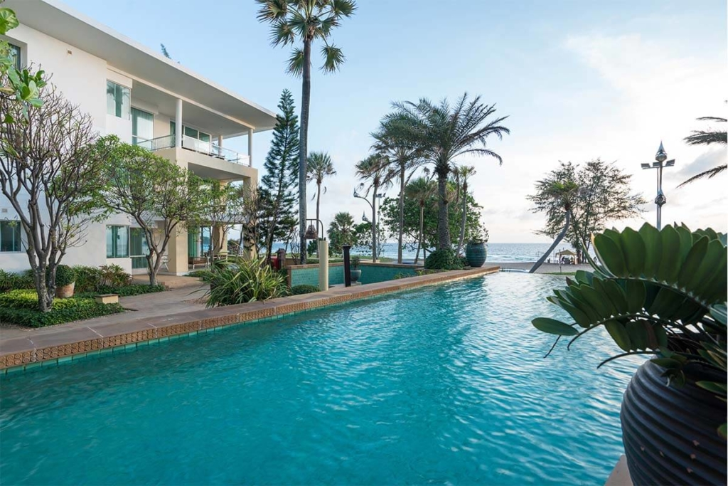 Movenpick 2 Bedroom Beachfront Condo for Rent in Karon Beach Phuket