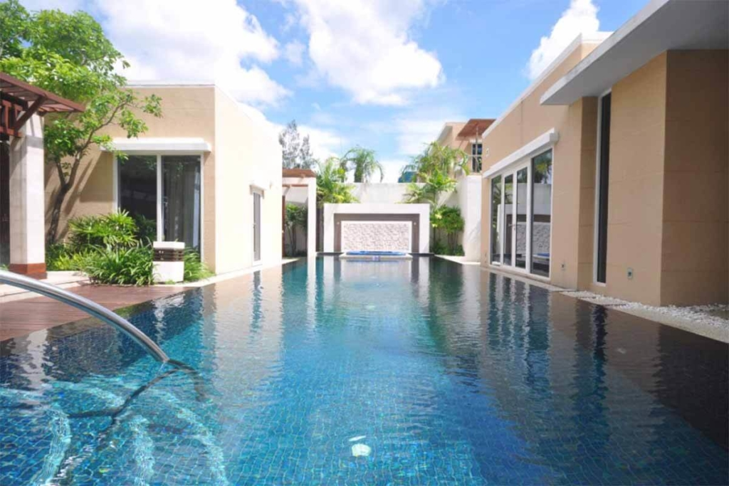 3 Bedroom Beachfront Pool Villa for Sale in Mai Khao Beach, Phuket
