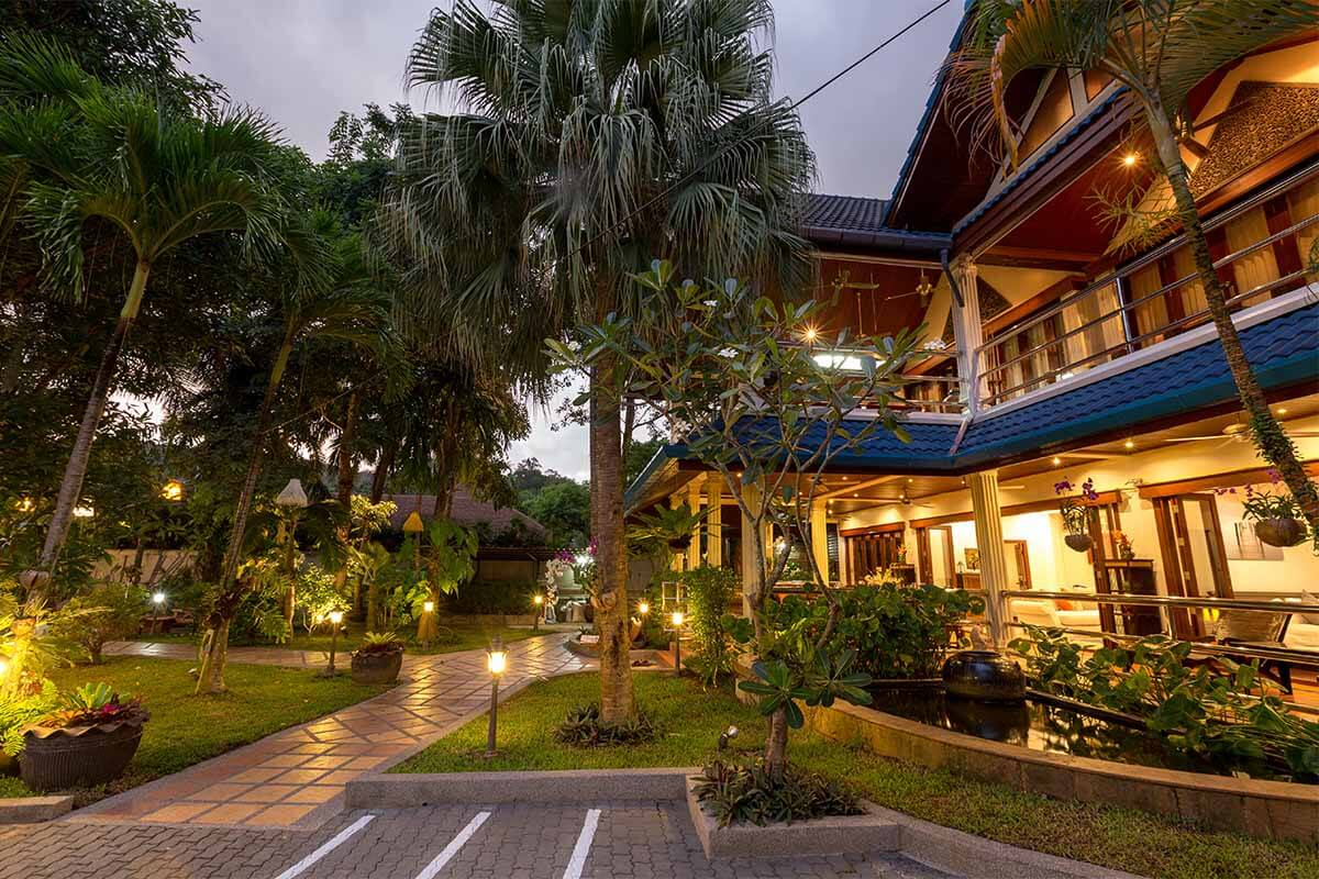 Talay Naiharn 10 Bedroom Pool Villa for Rent Near Nai Harn Beach Phuket