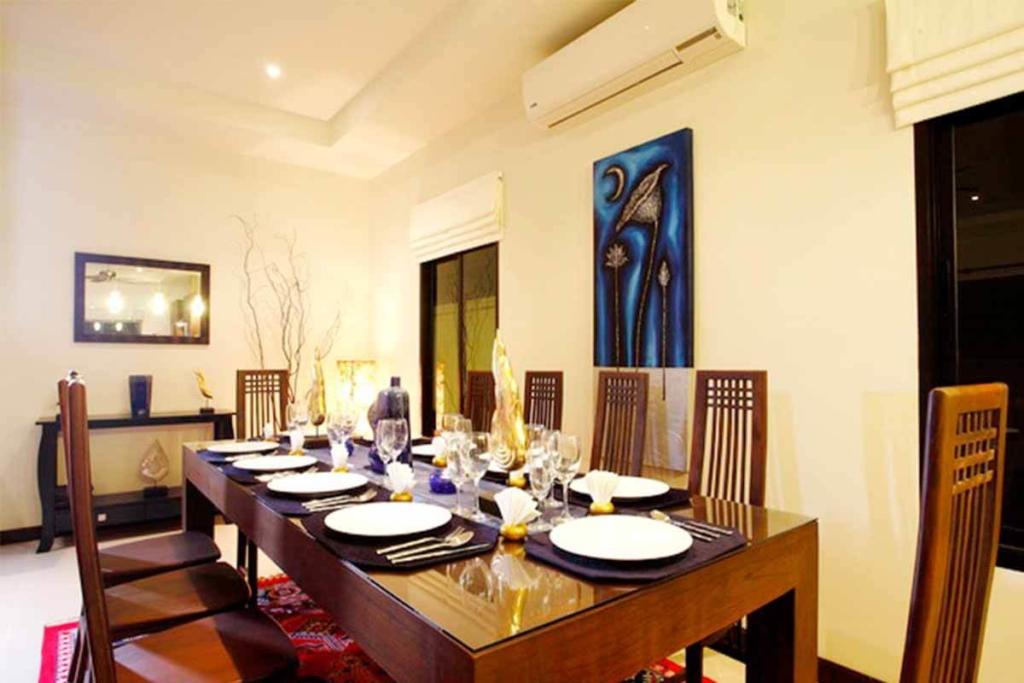 Pearl Villa for Rent in Nai Harn Phuket