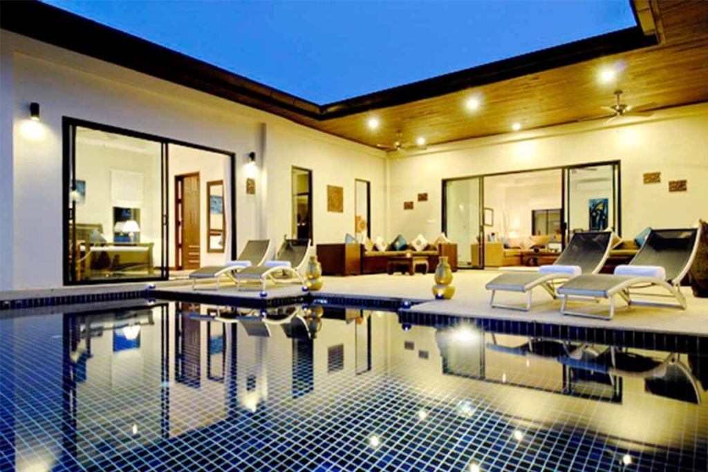 Pearl Villa 6 Bedroom Pool Villa for Rent in Nai Harn Phuket