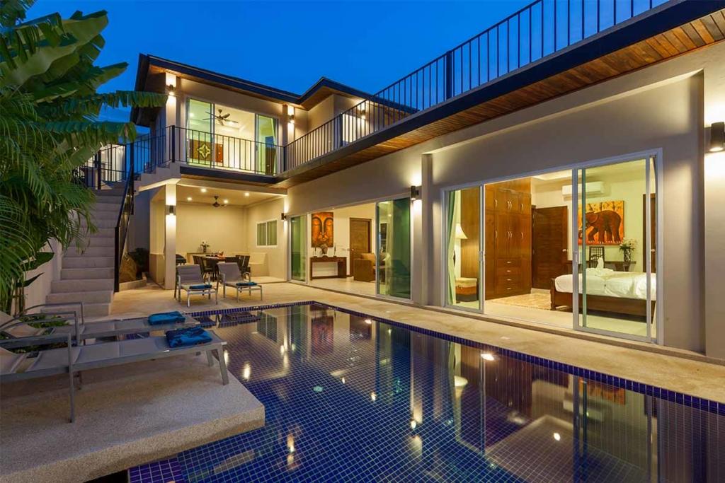 Topaz Villa 5 Bedroom Mountain View Pool Villa for Sale in Nai Harn Phuket