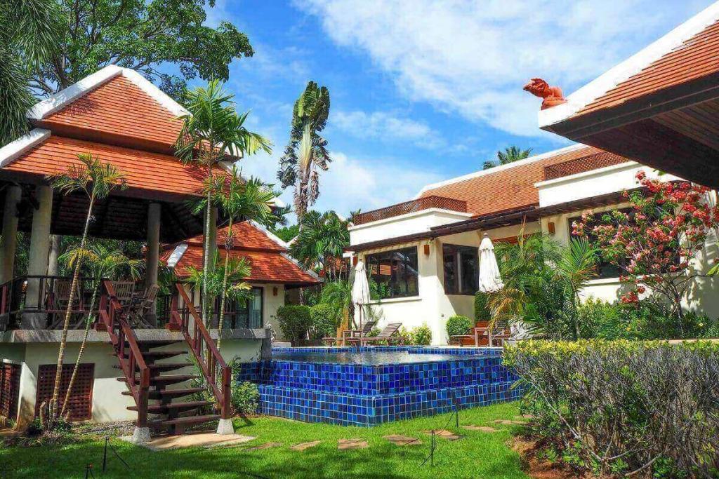 3 Bedroom Lakeside Pool Villa for Sale by Owner at Nai Harn Baan Bua, Phuket