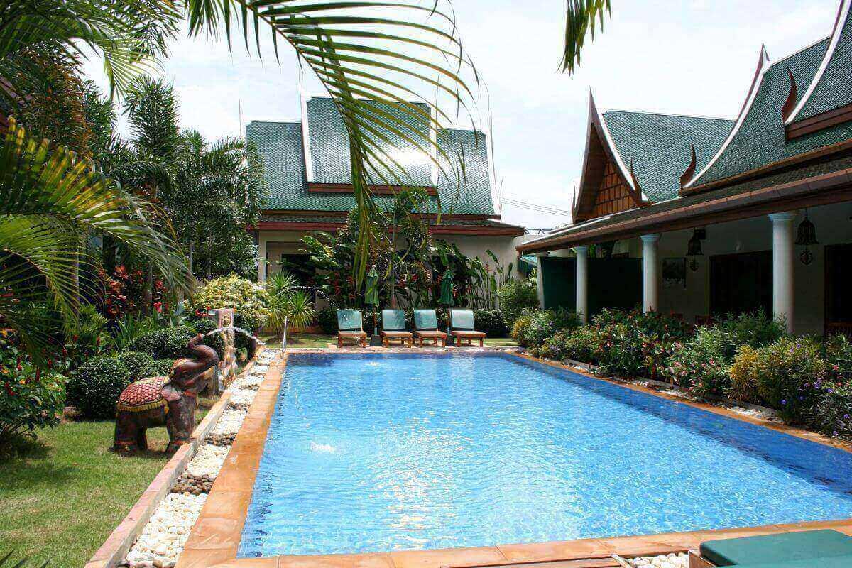 Полностью лицензированный бутик-отель на продажу cherng talay phuket