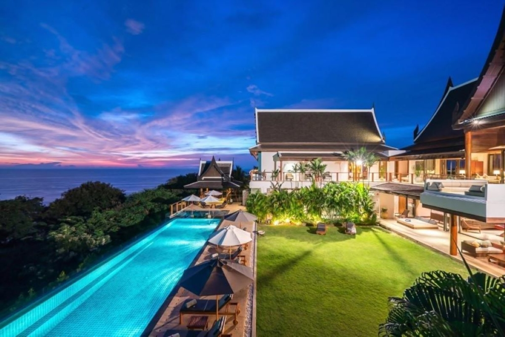 8 Bedroom Luxury Oceanfront Pool Villa for Rent in Kamala, Phuket