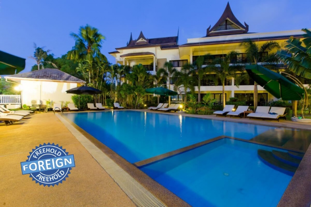 1 Bedroom Foreign Freehold Condo for Sale near Golf Course in Kathu, Phuket