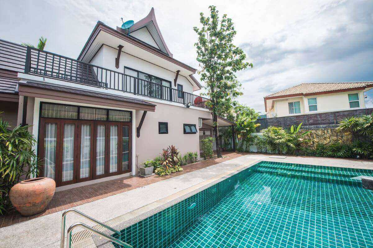 3 Bedroom Modern Thai Style House with Pool for Sale in Chalong, Phuket