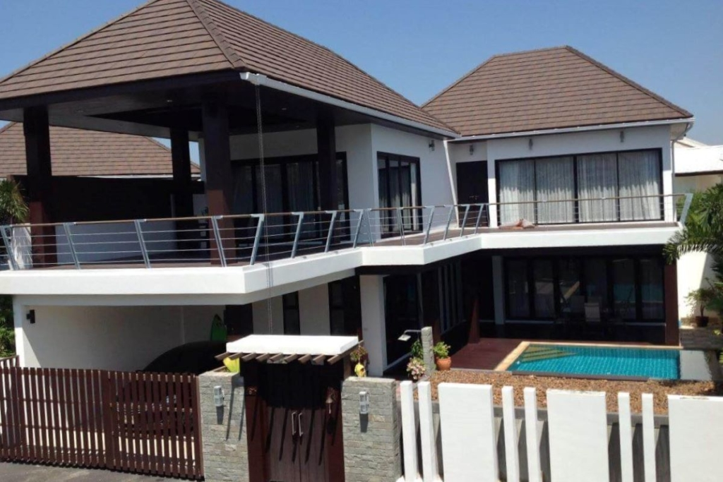 3 Bedroom House w/ Private Pool for Sale in Cherng Talay, Phuket