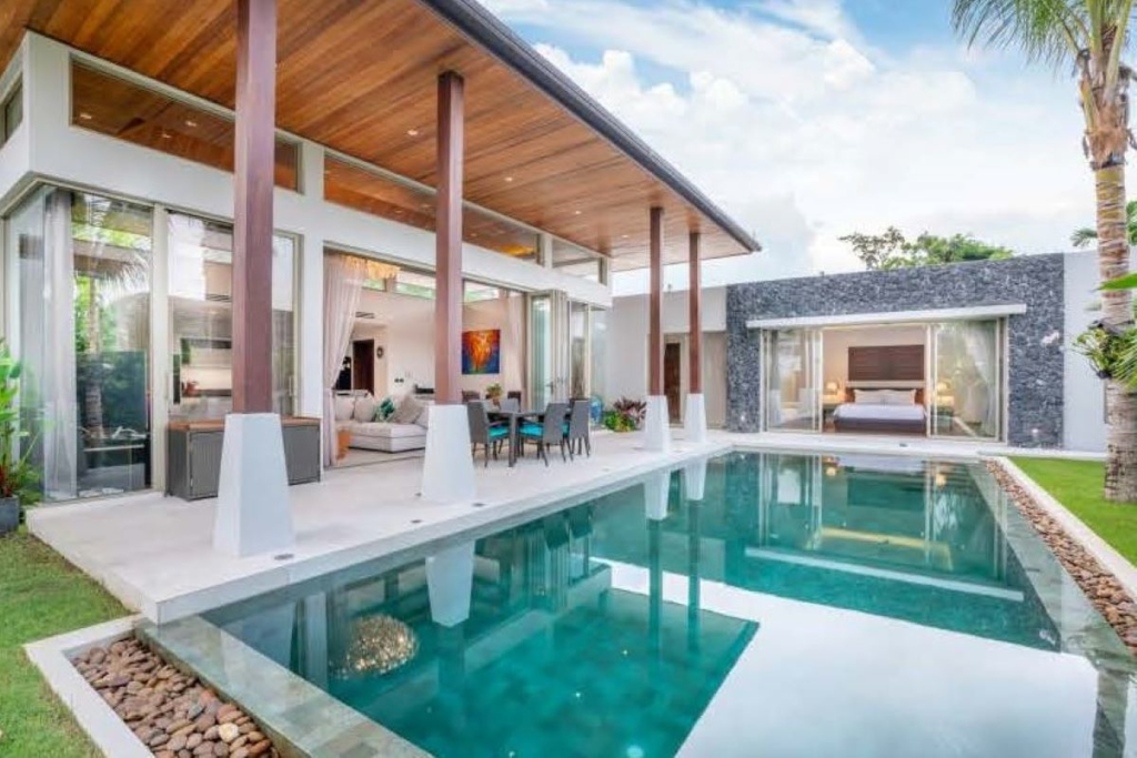 3 Bedroom Balinese Style Lakeside Pool Villa for Sale in Cherng Talay, Phuket