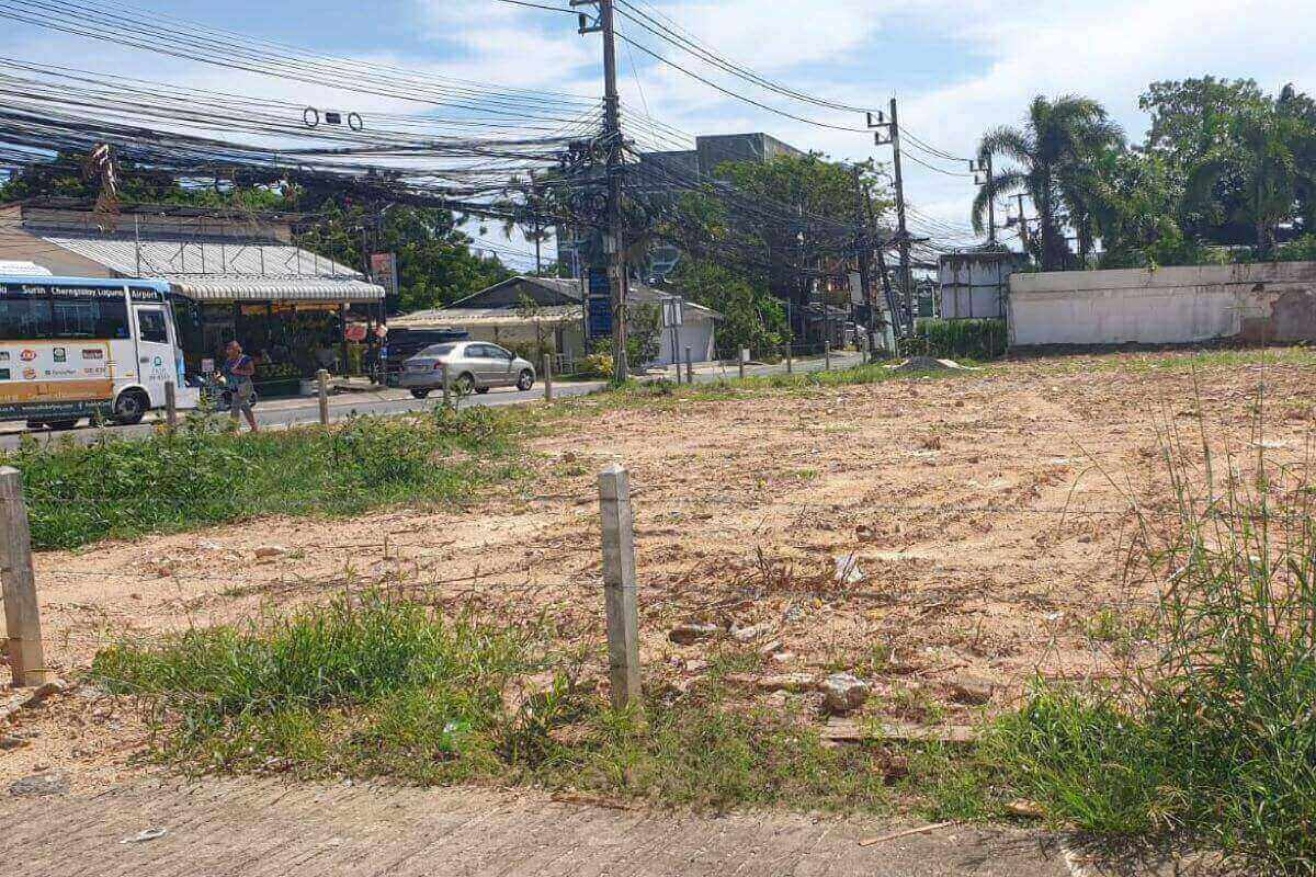 910 sqm Land for Sale in Commercial Area Nai Harn, Phuket
