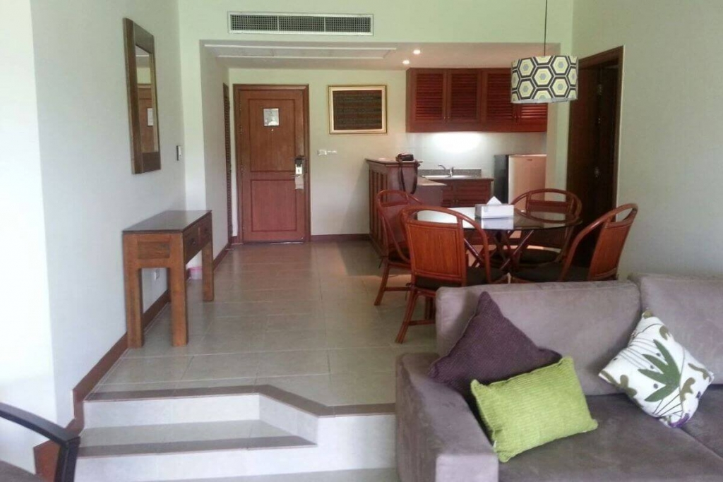 1 Bedroom Golf Course Ground Floor Condo for Sale at Allamanda Laguna in Phuket