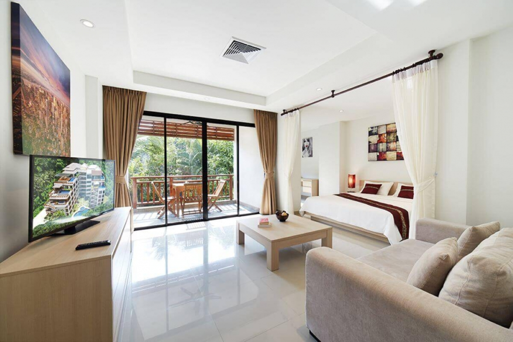 Studio Condo for Sale 600m Walk to Surin Beach, Phuket