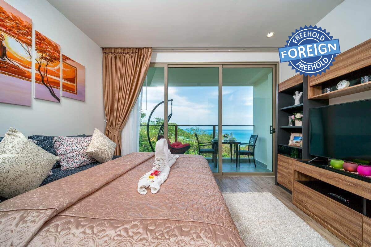 Studio Foreign Freehold Sea View Condo for Sale in Oceana Resort in Kamala, Phuket