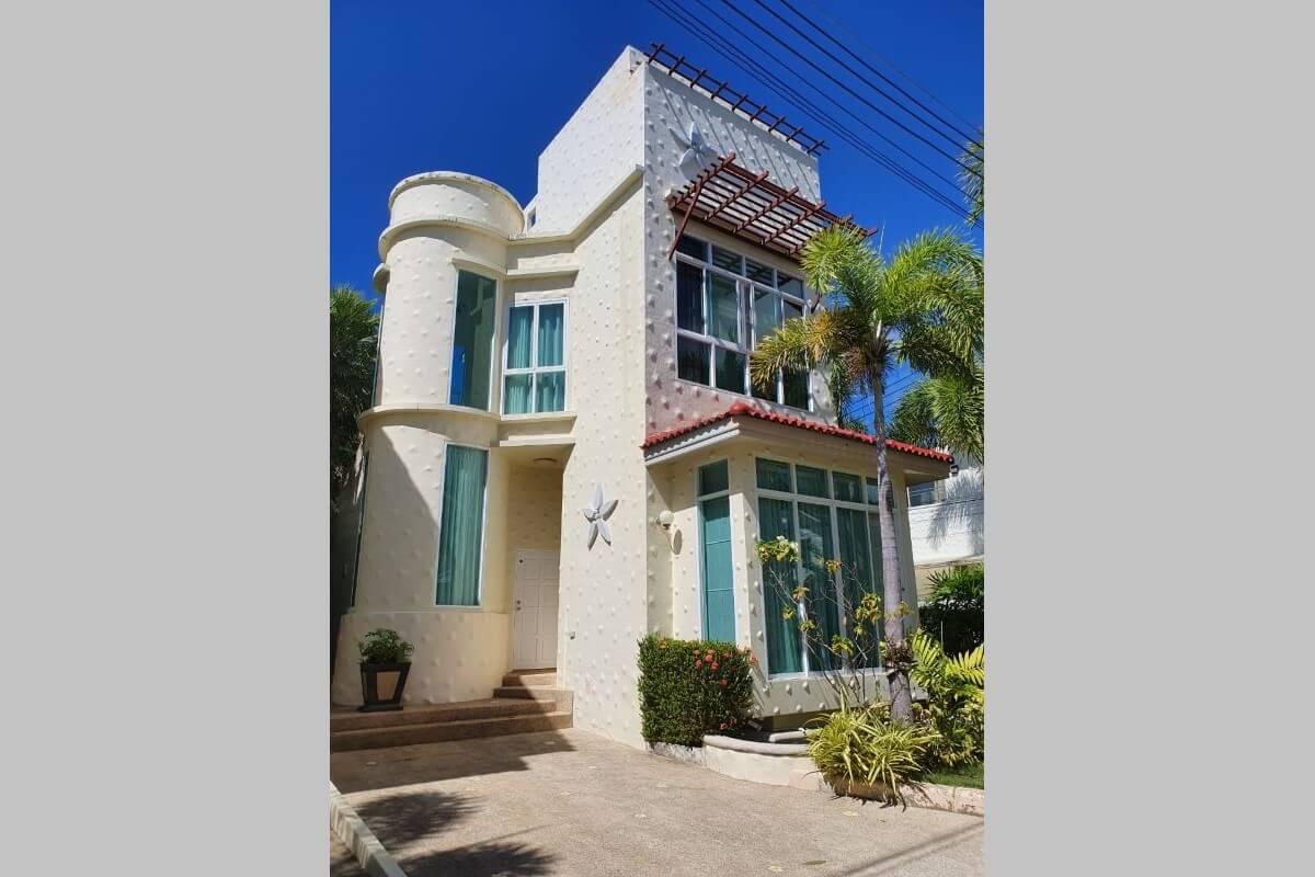 2 Bedroom Pool Villa for Sale by Owner at Saiyuan Med Village in Rawai, Phuket