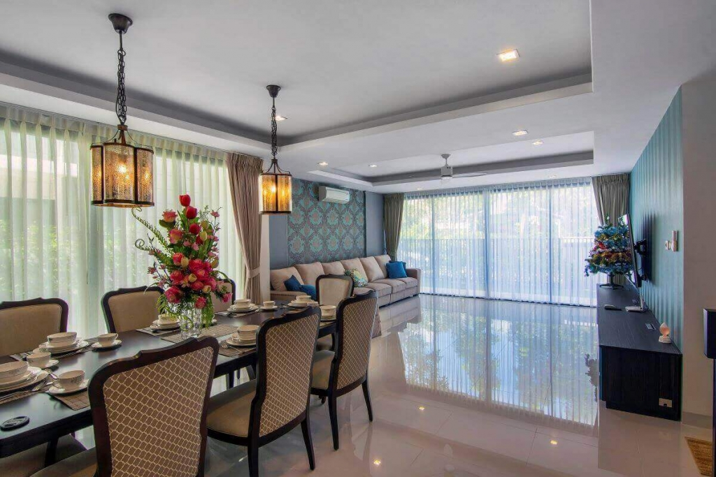 4 Bedroom Fully Furnished Villa w/ Rooftop Pool for Sale at Laguna Park, Phuket