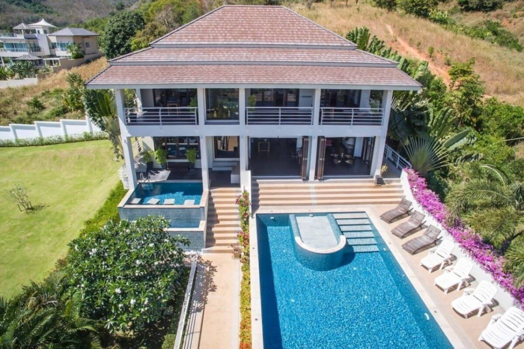 5 Bedroom Sea View Pool Villa on 2,000 sqm Plot for Sale by Owner in Rawai, Phuket
