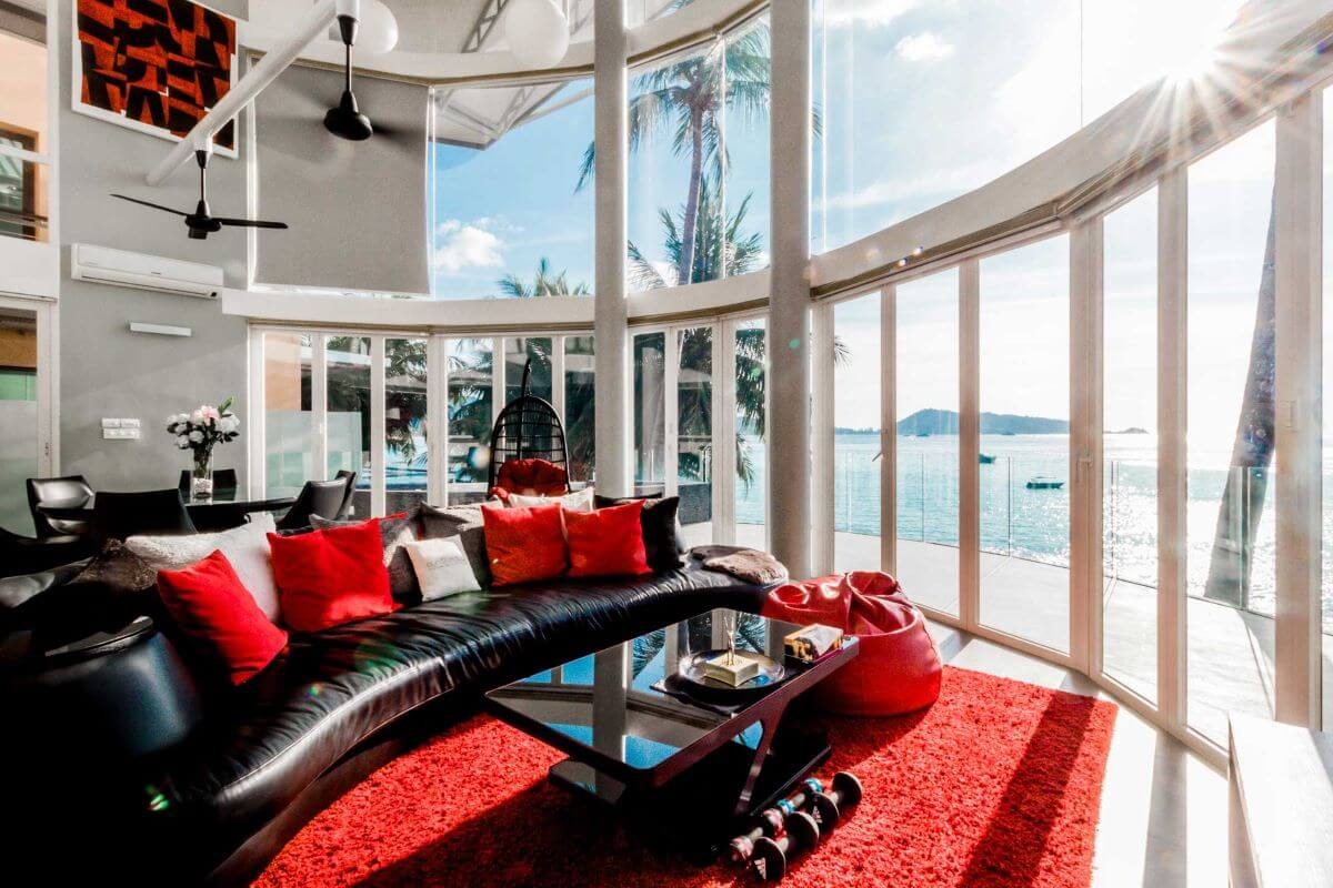 4 Bedroom Stylish Oceanfront Pool Villa Steps to Kalim Beach, Phuket