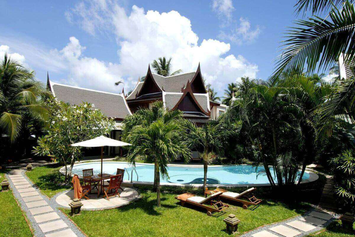 8 Bedroom Luxury Pool Villa for Sale by Owner Walking Distance to Bang Tao Beach, Phuket