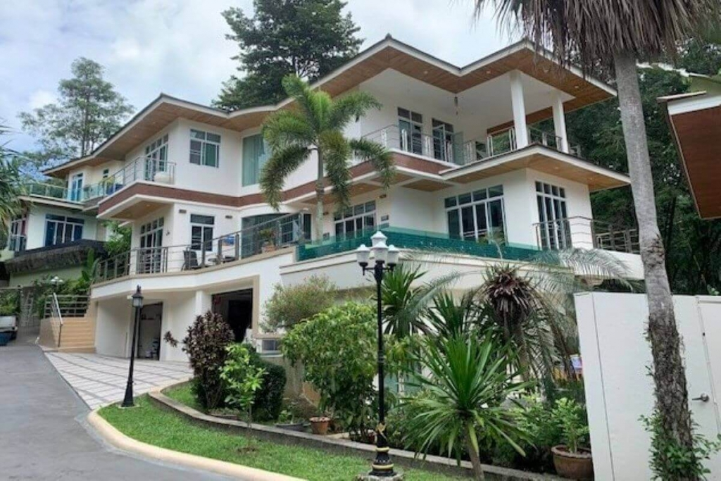 4 Bedroom Exceptional Pool Villa for Sale by the Owner in Kata Hills, Phuket