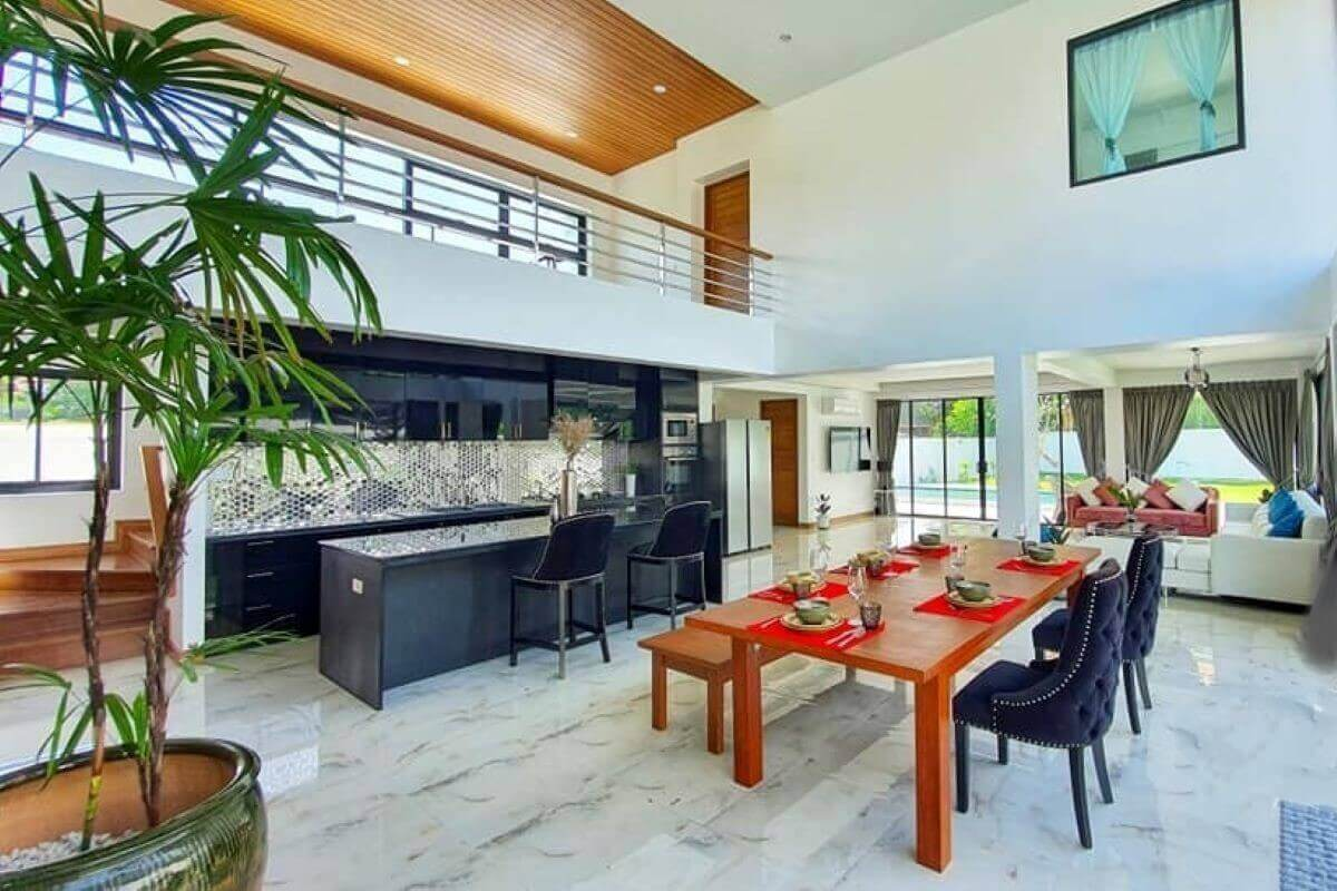 4 Bedroom Brand New Modern Pool Villa for Sale near Rawai Beach, Phuket