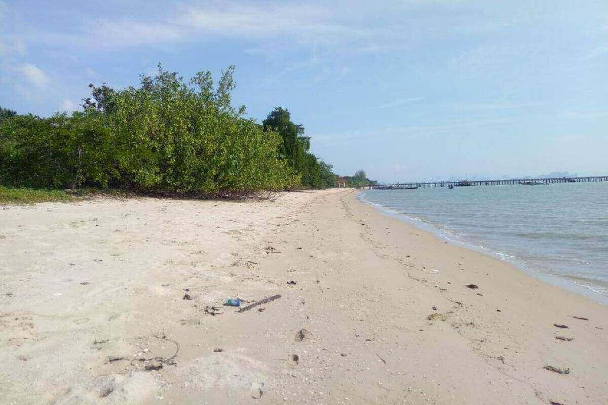 14 Rai (22,400 sqm) Absolute Beachfront Land for Sale in Koh Yao Yai, Phang Nga Bay, Thailand