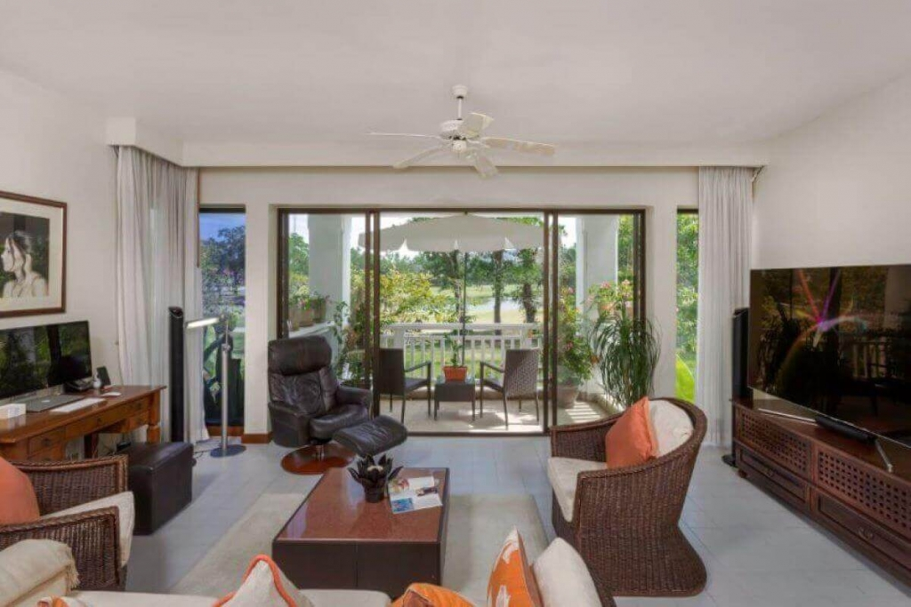 1 Bedroom Golf Course View Condo for Sale at Allamanda Laguna in Phuket