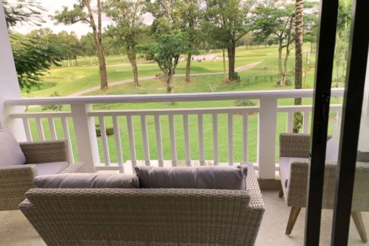 1 Bedroom Golf Course View Renovated Condo for Sale at Allamanda in Laguna, Phuket