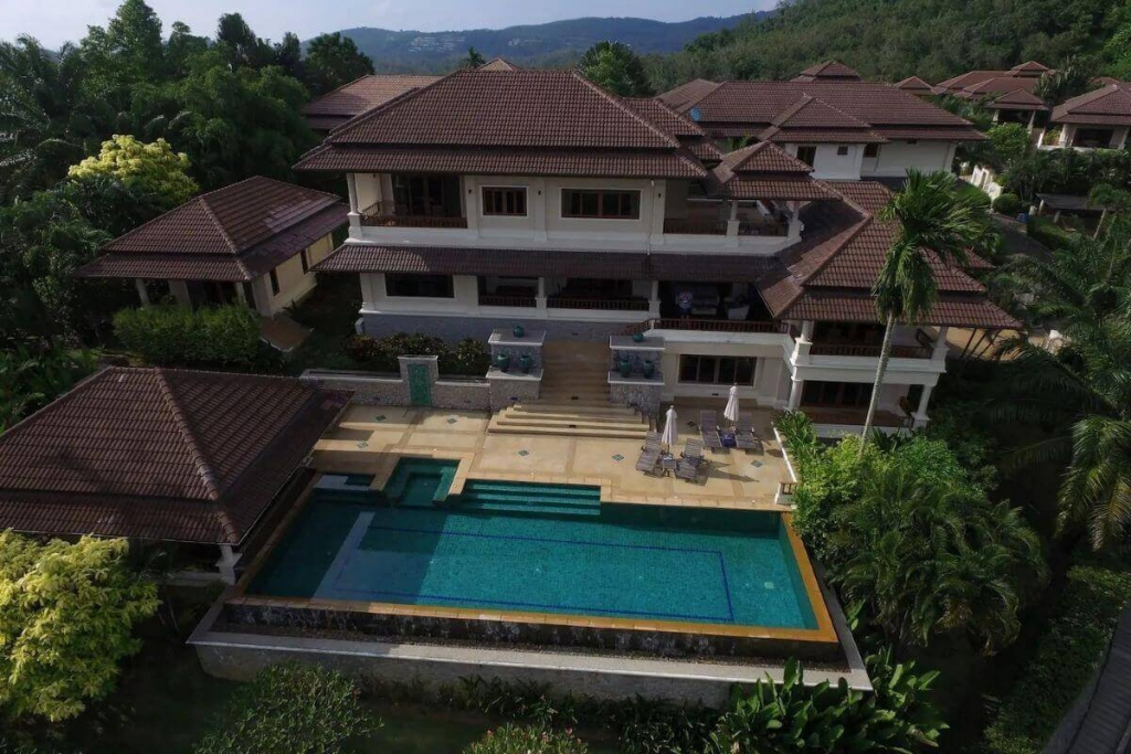 5 Bedroom Hilltop Pool Villa for Rent Ovelooking Laguna in Cherng Talay, Phuket