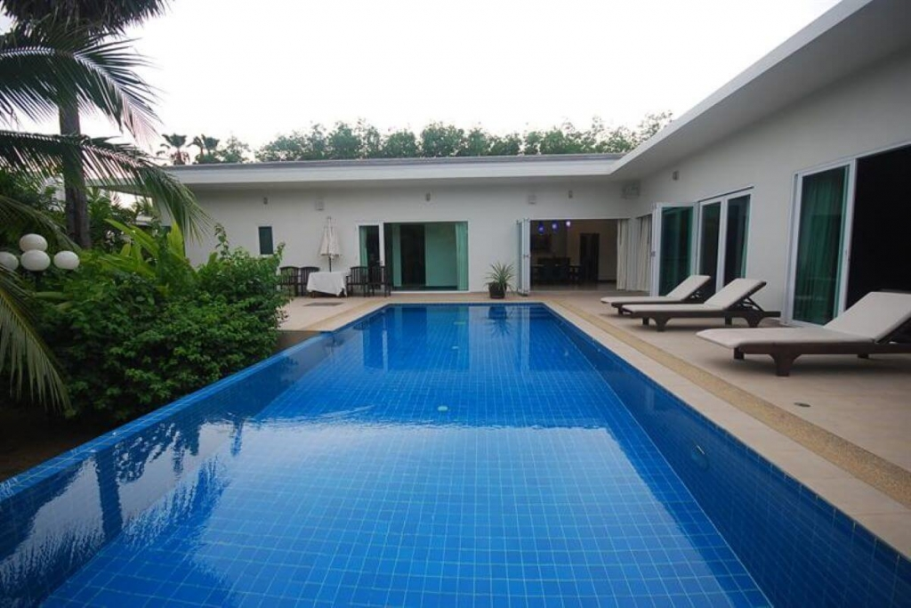 3 Bedroom Pool Villa for Sale by Owner at Lagoon Gardens near Boat Lagoon in Kohkaew, Phuket
