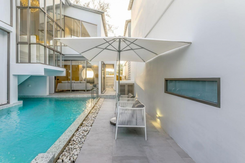 3 Bedroom Modern Minimalist Pool Villa for Sale in Cherng Talay, Phuket