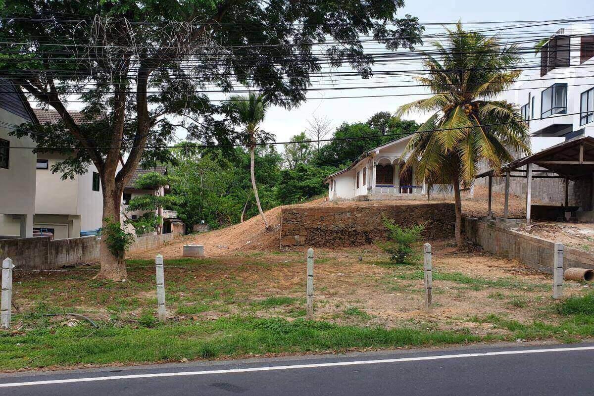 329 Square Wah (1,311 sqm) Land for Sale by Owner near Nai Harn Lake & Nai Harn Beach, Phuket