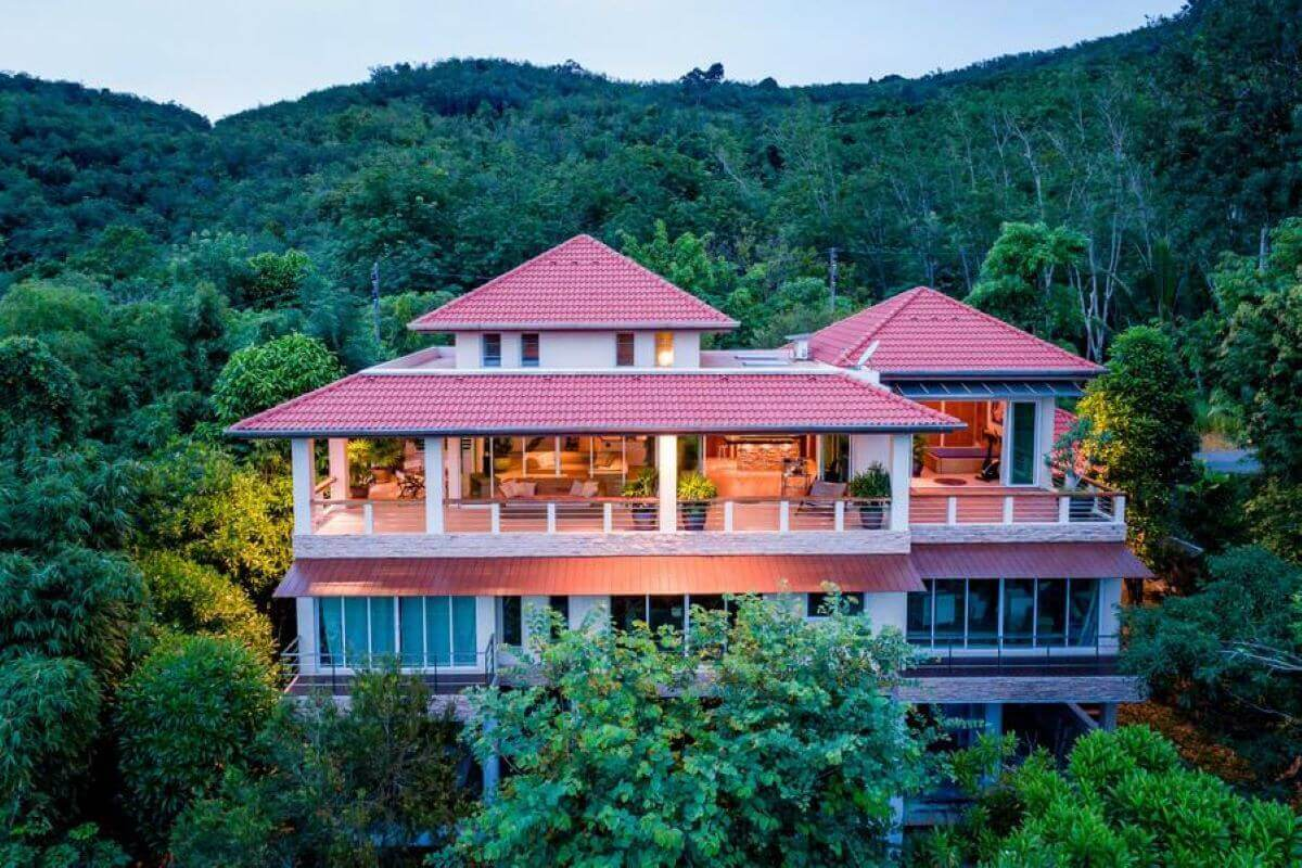 4 Bedroom Sea View Mountain Villa for Sale by Owner near Layan Beach, Phuket