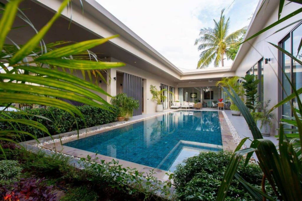 3 Bedroom Solar-Powered Pool Villa for Sale by the Owner near Boat Avenue in Cherng Talay, Phuket