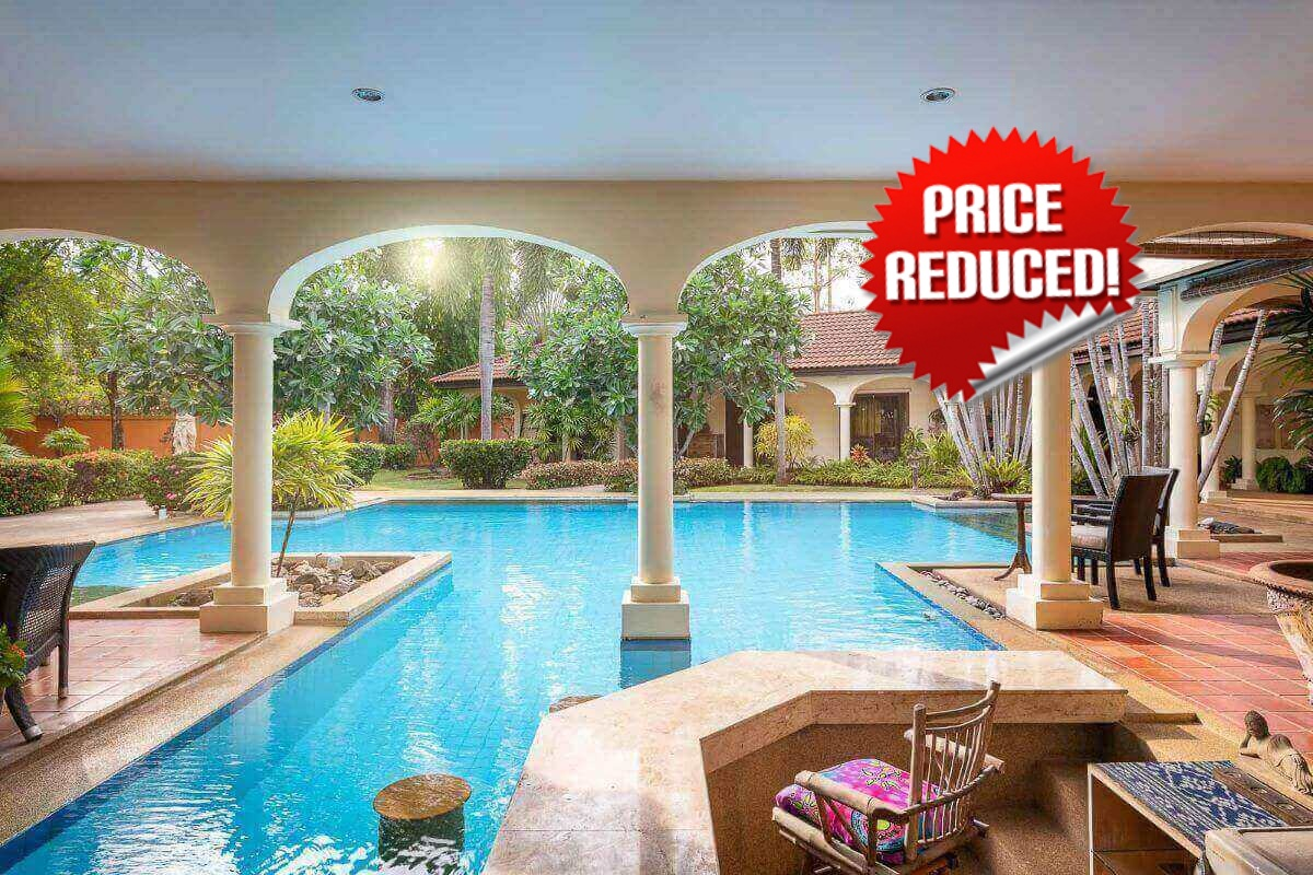 4 Bedroom Mediterranean Inspired Pool Villa on a Large Plot of 1,645 sqm for Sale in Rawai, Phuket
