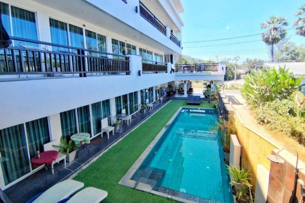 15 Room/Key Licensed Guesthouse for Sale near Catch Beach Club and Bang Tao Beach, Phuket