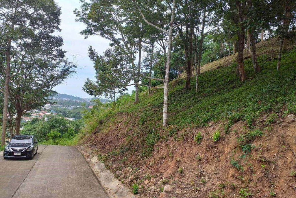 3 Rai 20 Sqw (4,880 Sqm) Hillside Land for Sale near Tiger Kingdom in Kathu, Phuket