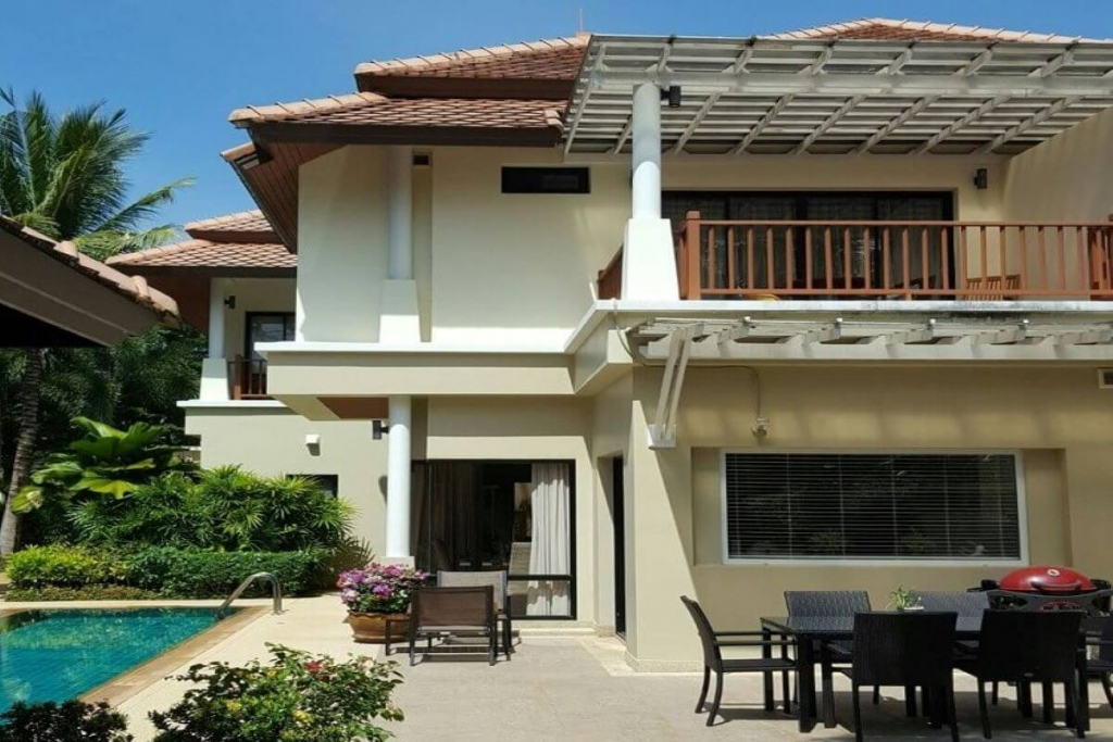 5 Bedroom Pool Villa for Sale by the Owner on Large Plot of 965 sqm near Shuttle Bus Stop in Laguna, Phuket