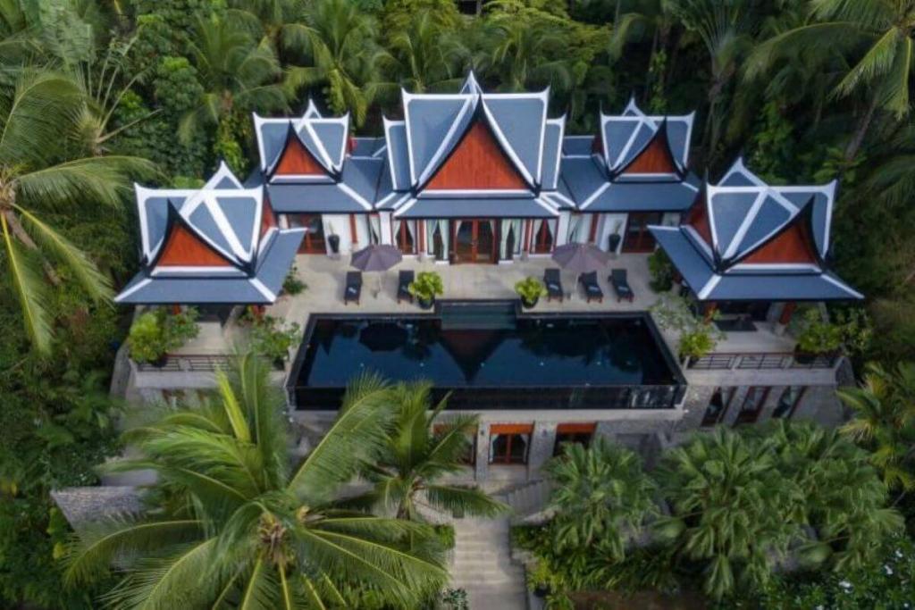 5 Bedroom Sea View Traditional Thai-Balinese Pool Villa for Sale at Ayara near Surin Beach, Phuket