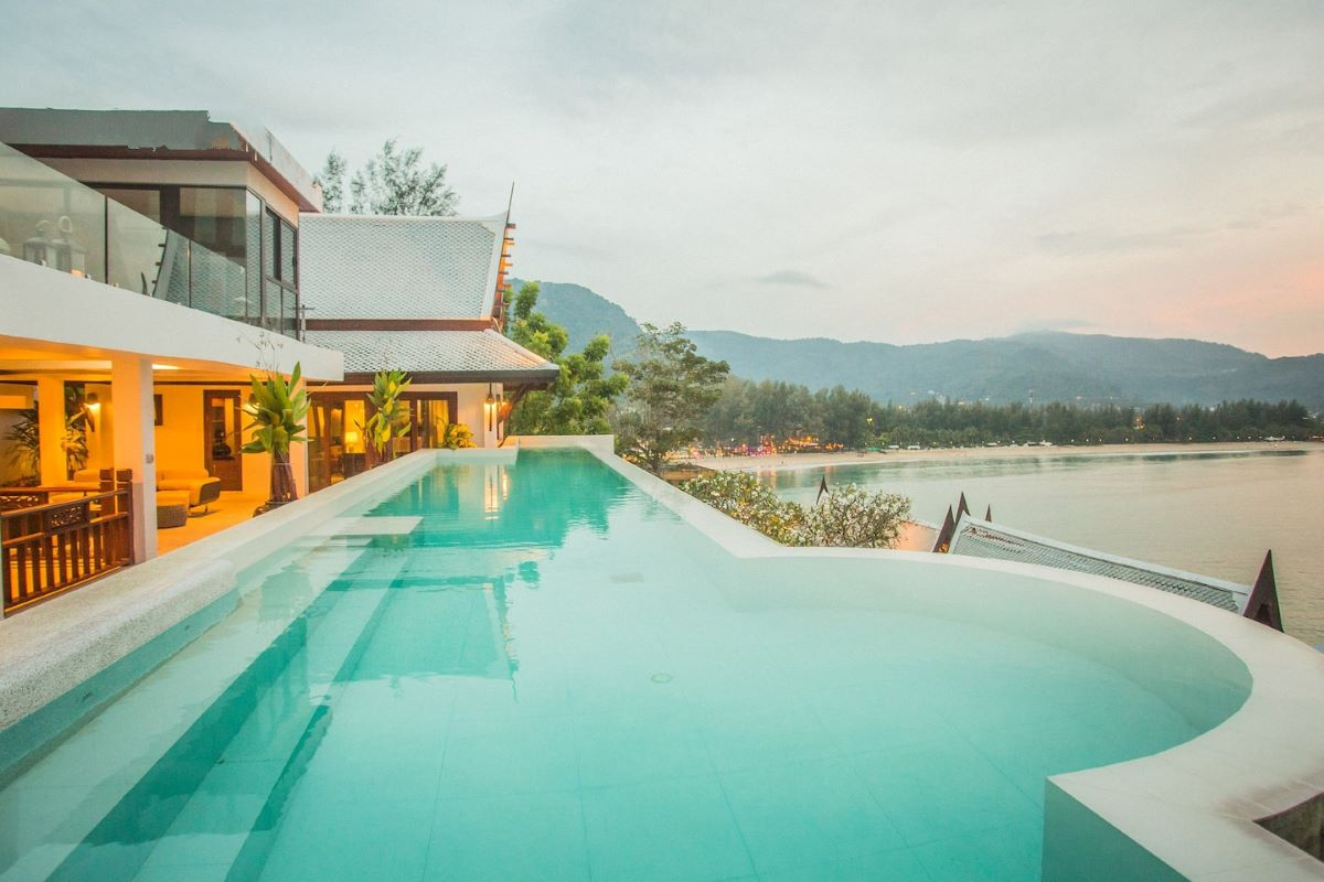6 Bedroom Sea View Luxury Modern Thai Style Pool Villa for Sale by Owner near Café del Mar in Kamala, Phuket